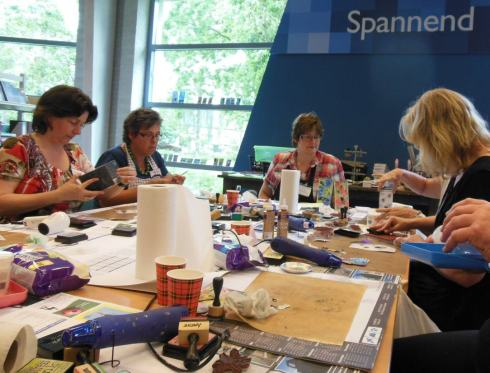 Art Journey dagen workshop 2 tags met embossing olv Anette vd Berg