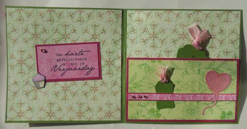 2014-11-10 Verjaardags scrapcard Inge Penny Black binnenkant