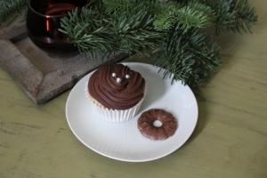 kerstcupcakes - hazelnoot met nutella-roomkaas frosting